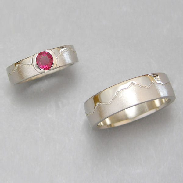 Range rings bands mountain ring boulder jewelers for Jewelry stores boulder co